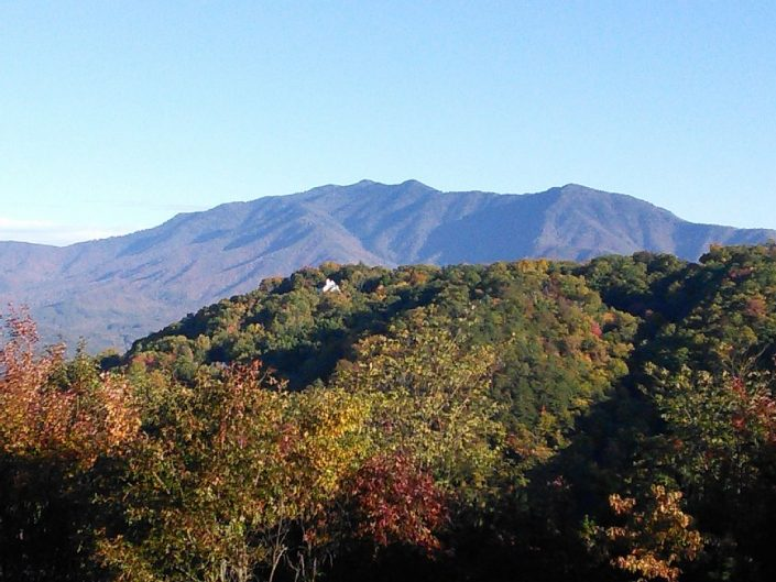 GATLINBURG CONDO VACATION RENTAL View from complex grounds